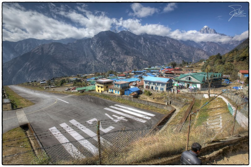 Tenzing-Hillary Airport in Lukla. I think that's a cliff at the end of the runway. Photo credit: Frank Kehren https://flic.kr/p/dyyEJY