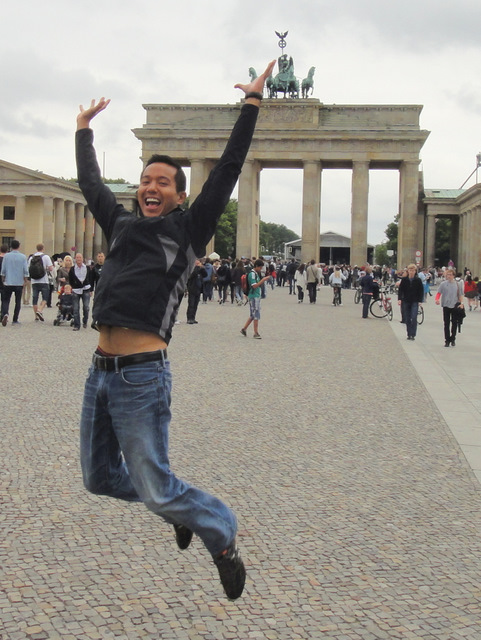 Happy to be at the Brandenburger Tor