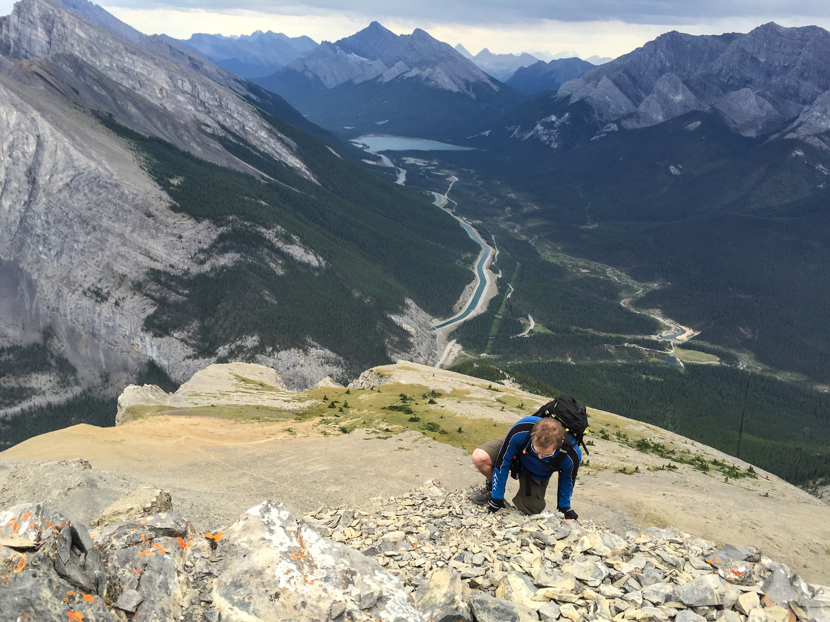 Stick to the exposed scramble on the right and you may find yourself using your hands as you climb to the summit