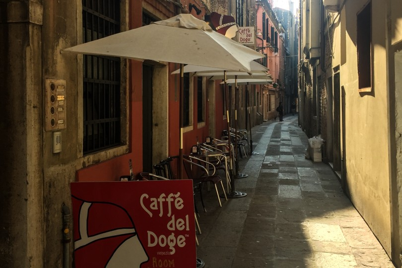 Have breakfast at Caffé del Doge
